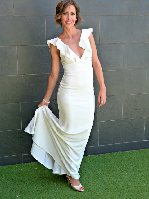 Fitness And Chicness-Top Queens Bridal White Maxidress-4
