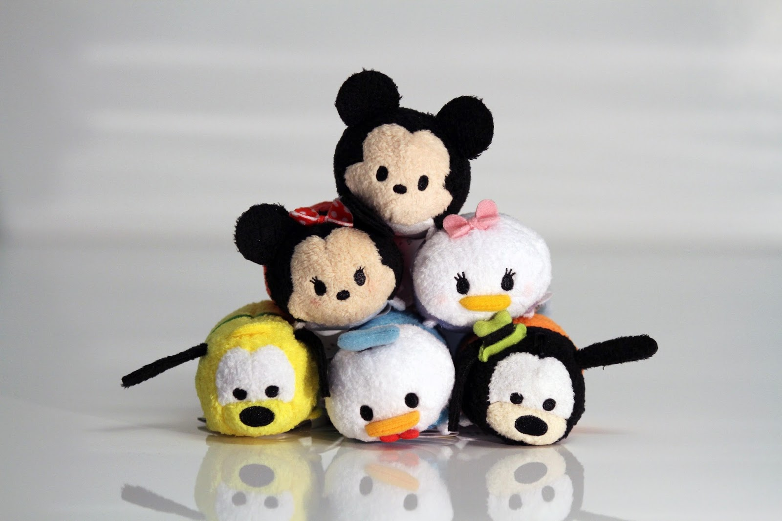 It is a graphic of Impertinent Tsum Tsum Characters Names