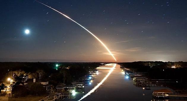 Μετεωρίτης ξέφυγε από κομήτη και «έσκισε» τον ουρανό με 65.000 χλμ./ώρα | Βίντεο