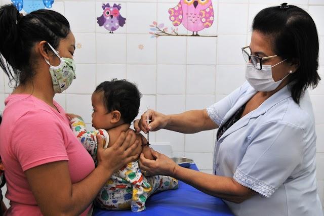 O Calendário de vacinação infantil deve ser seguido mesmo na pandemia