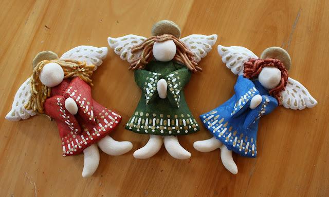 Ангел с колокольчиком и другие... - Мастерим из соленого теста. http://prazdnichnymir.ru/, «Ангел с колокольчиком» из соленого теста (МК), Ангелы вдохновения — фото-идеи лепки, Ёлочки из сахарно-желатиновой кондитерской мастики,солёное тесто для лепки рецепт, Задорные ангелы из соленого теста, Как упаковать мелкие сувениры в прозрачный целлофан (МК),солёное тесто для лепки поделки, Снеговик в шубке из мастики, Соленые Ангелы: лепим из соленого теста (МК), Тыковки из кондитерской мастики или помадки, Ангел с колокольчиком и другие… — Мастерим из соленого теста,как приготовить соленое тесто для лепки, что сделать ангелов из соленого теста, что можно авлепить из соленого теста, поделки их соленого теста, фигурки мука-соль, как депить из соленого теста, солёное тесто для поделок состав рецепт,поделки из соленого теста, как замесить солёное тесто для лепки фигурок, как сделать солёное тесто для поделок в домашних условиях, тесто для лепки что можно слепить, солёное тесто рецепт для лепки для детей, поделки из солёного теста своими руками,как делать сувениры из соленого теста, мастер-классы из соленого теста