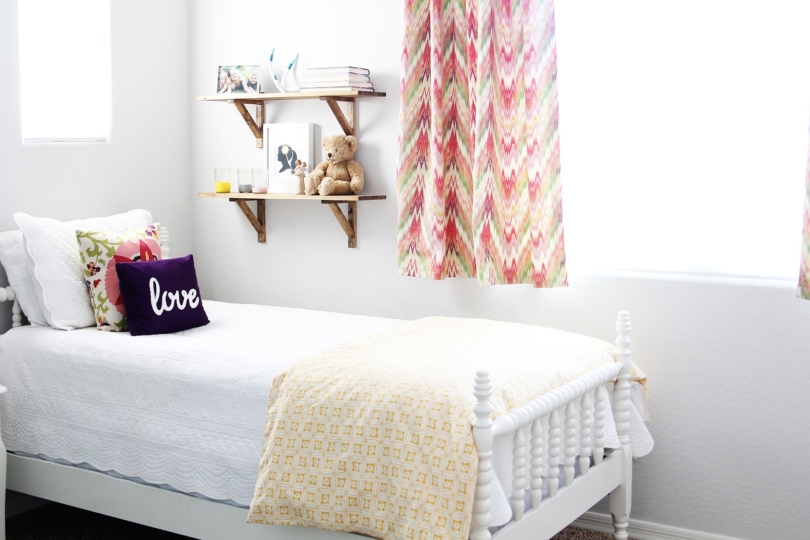 15 Adorable Girlu0027s Room Ideas