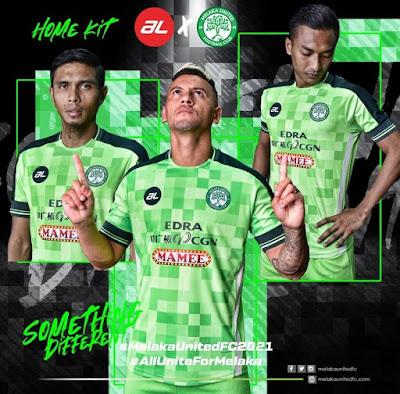 Jersi Home Melaka United FC 2021