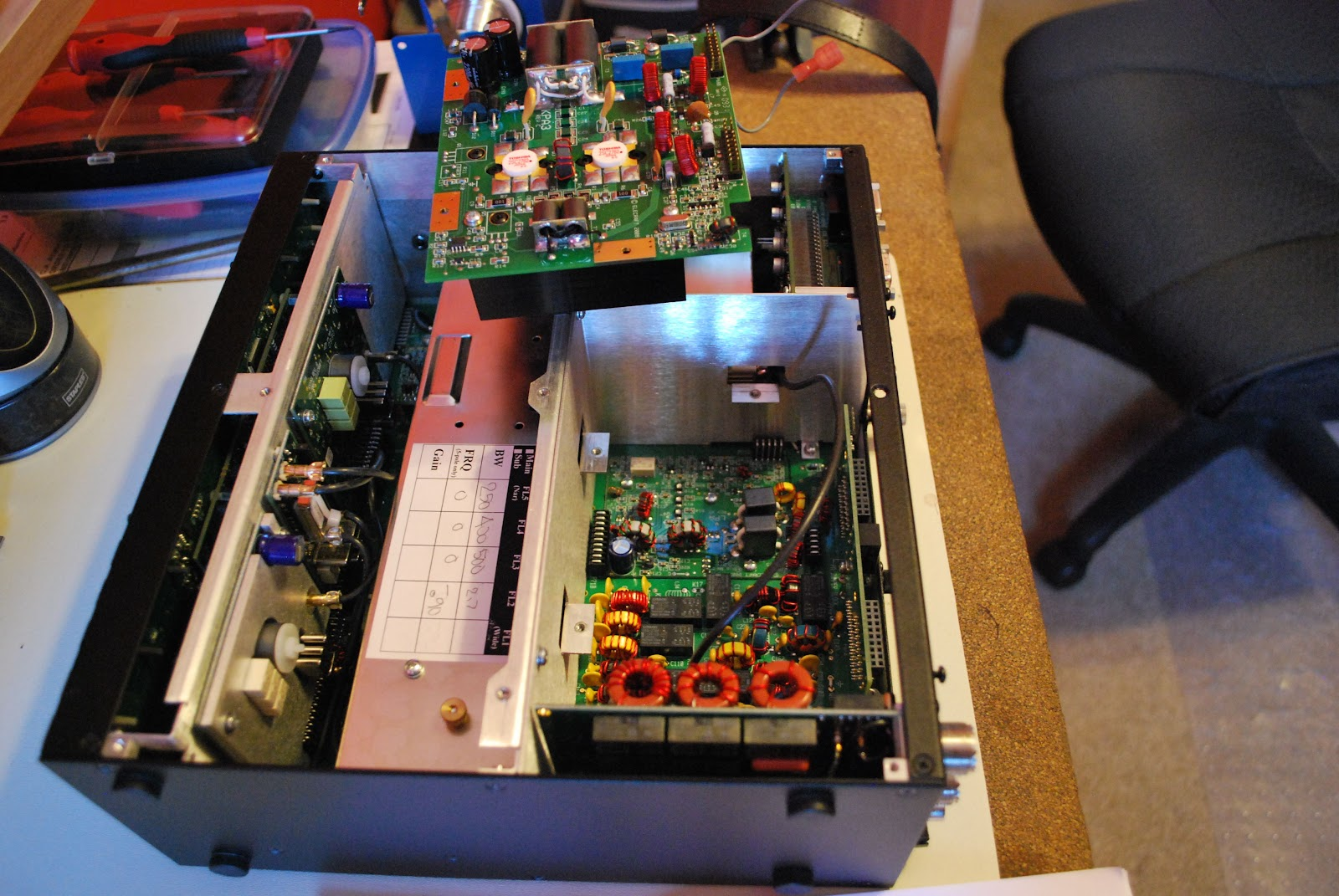 Regenerative Receiver With Agc For 80 Meters Or 310 Mhz Shortwave