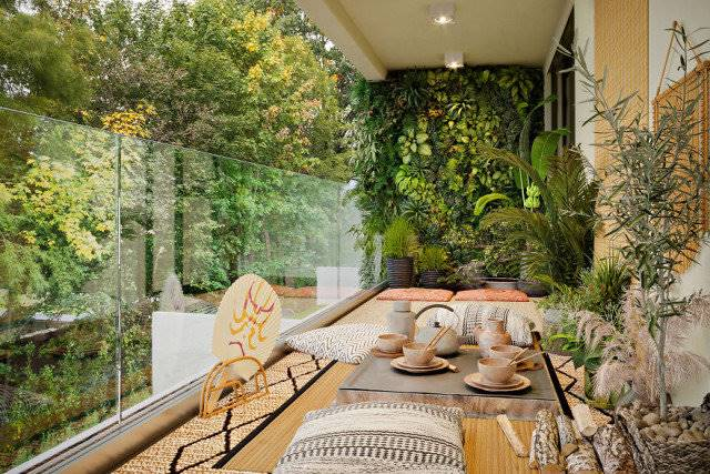 3D-artist turned 6 ordinary balconies into green oases for relaxation