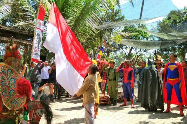 Superman hingga Gatotkaca Ikut Upacara HUT ke-72 RI di Borobudur