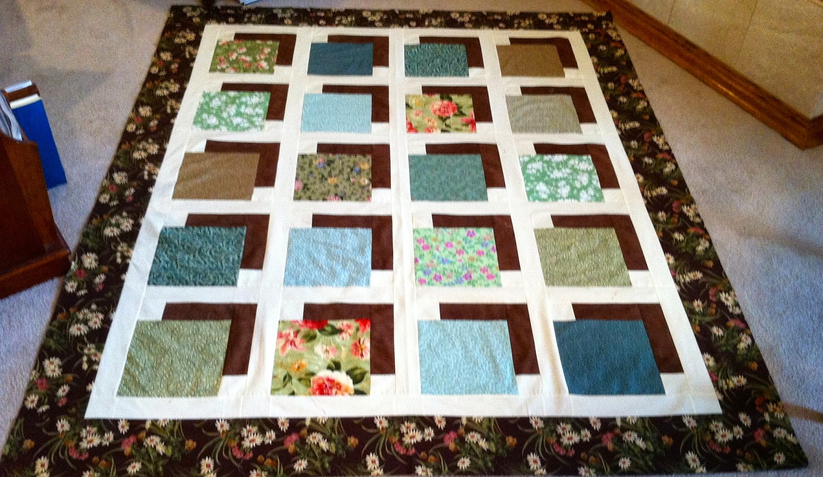 attic window quilt ideas - QUILTS AND SUCH Shadow Box Quilt