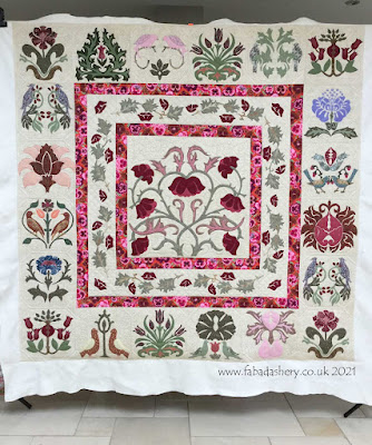 William Morris Quilt made by Eirwen and custom quilted by Frances Meredith