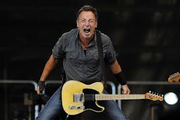 Bruce Springsteen Kembali Lakukan Pertunjukan di Teater Broadway New Tork