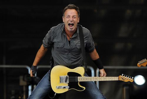 Bruce Springsteen Kembali Lakukan Pertunjukan di Teater Broadway New Tork.lelemuku.com.jpg