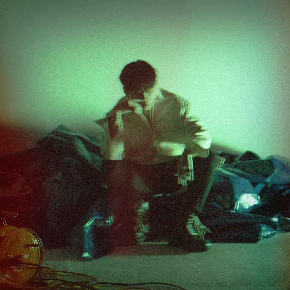 Yong Jun Hyung – Empty (Feat. SURAN)  – Single