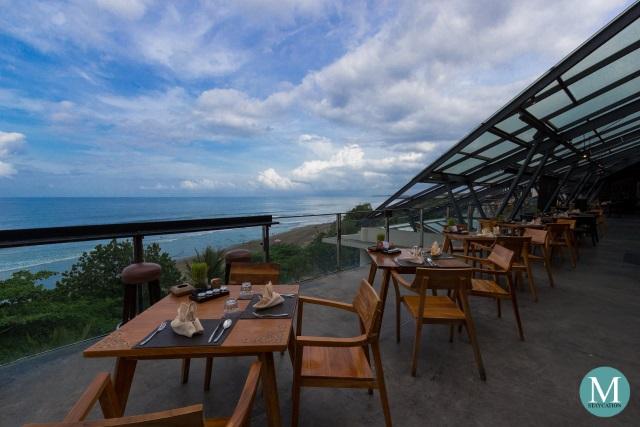 Metro Staycation Moonlite Kitchen And Bar At Anantara Seminyak Bali