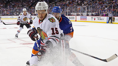 NHL : NHL-leading Blackhawks visit the Islanders on Thursday