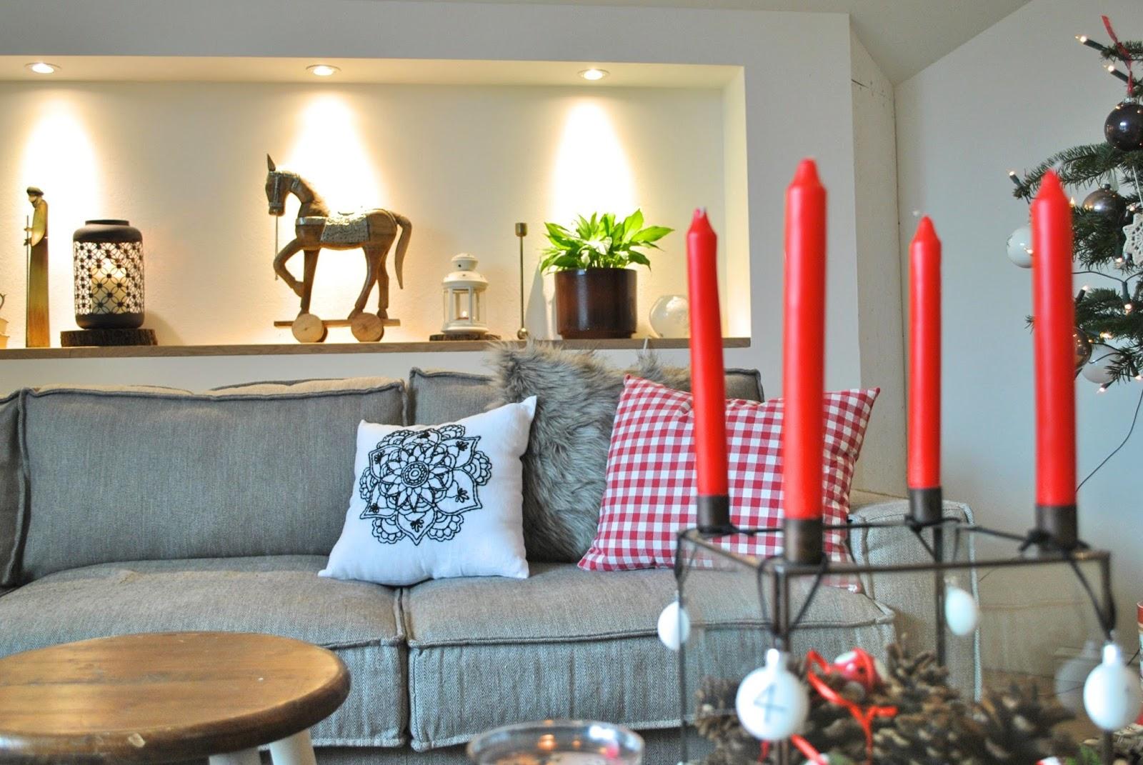 let und lini. Black Bedroom Furniture Sets. Home Design Ideas