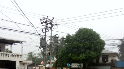 Manado Kembali Dihantam  Banjir. Akibatnya Beberapa Ruas Jalan Macet