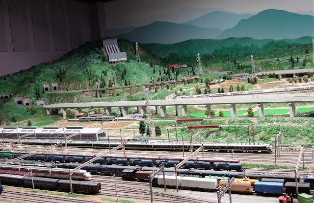 鉄道ジオラマ3