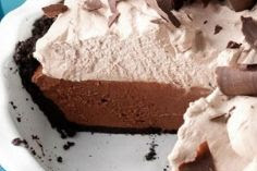Easy No-Bake Chocolate Mousse Pie