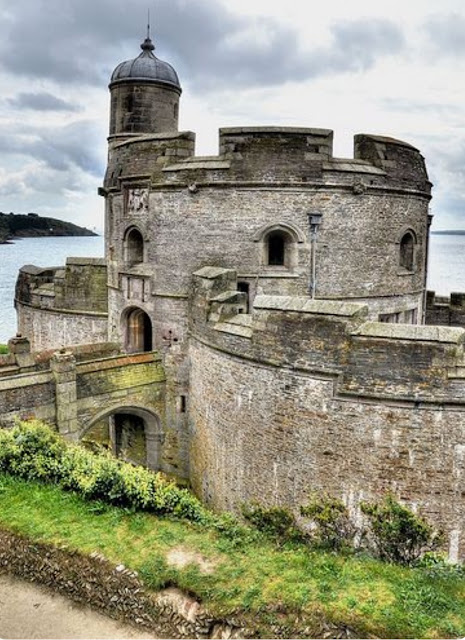St Mawes Castle by the sea, Cornwall, England | A Cup of T