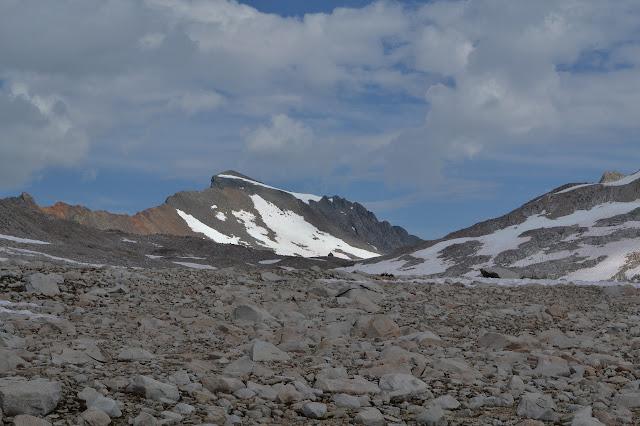 Muir Pass with Muir Hut