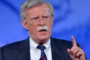 John Bolton: Guardia costera está vigilando a Venezuela