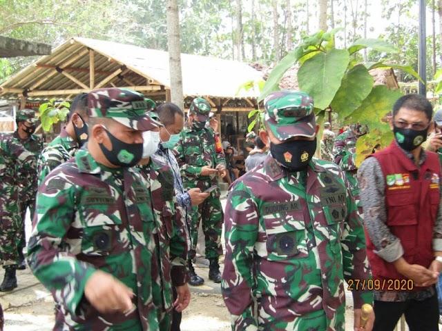 Hari Sungai Sedunia, Pangdam Jaya Tinjau DAS Citarum Wilayah Satgas Sektor 20