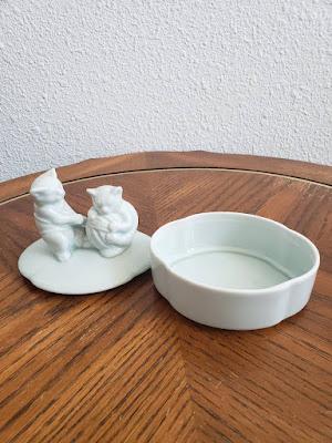 Takahashi San Francisko porcelain jewerly box