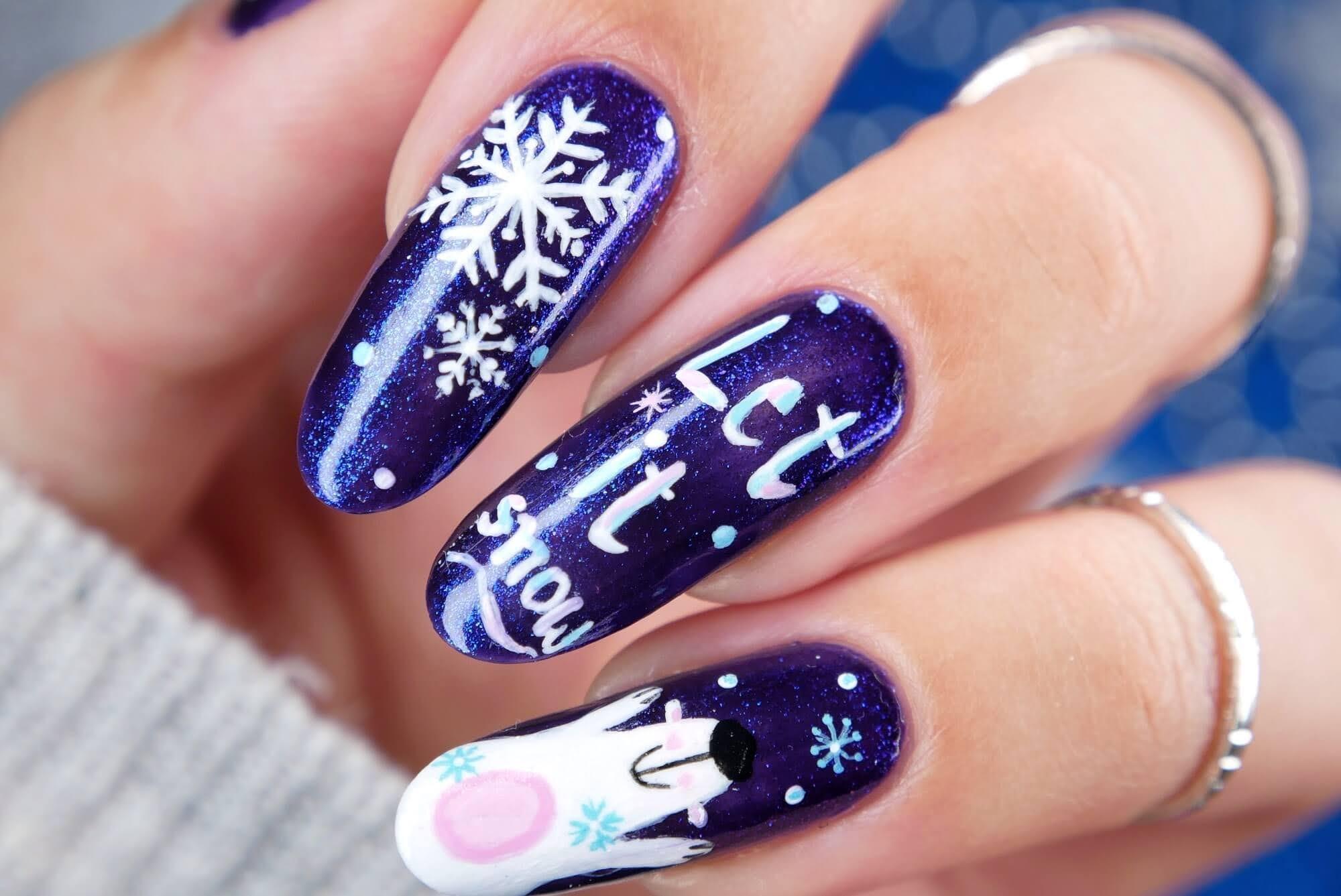 zimowe paznokcie i śnieżynki