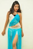Shreya Vyas latest sizzling pics-thumbnail-15