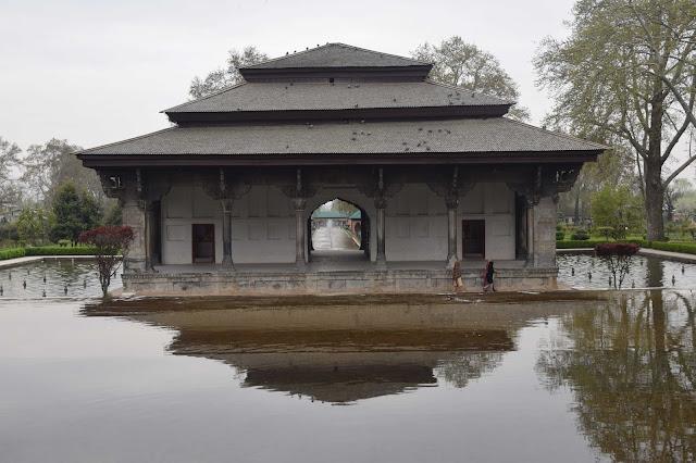 taman taman di Srinagar