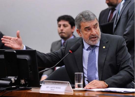 Laerte Bessa assume mandato na Câmara com licença de Flávia Arruda