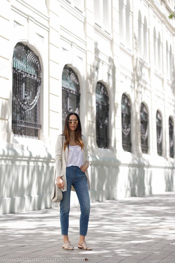 Blogger influencer instagram valencia lifestyle ideas look para combinar jeans mom fit cortos tobilleros Mareg Meltin Pot