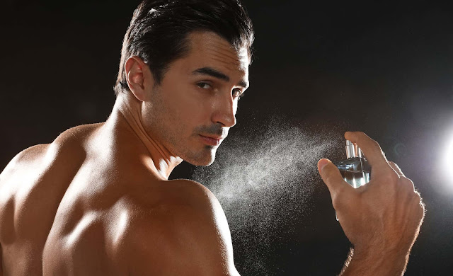 Homens perfumados são mais atraentes, mas não é só pelo motivo que você pensa