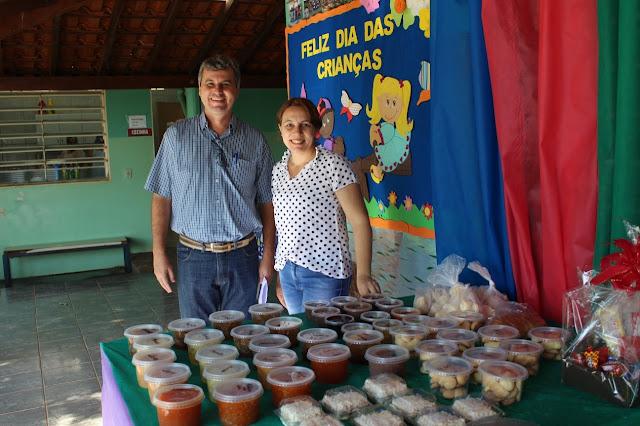 Vice-prefeito participa da Feira de Doces, Salgados e Artesanato