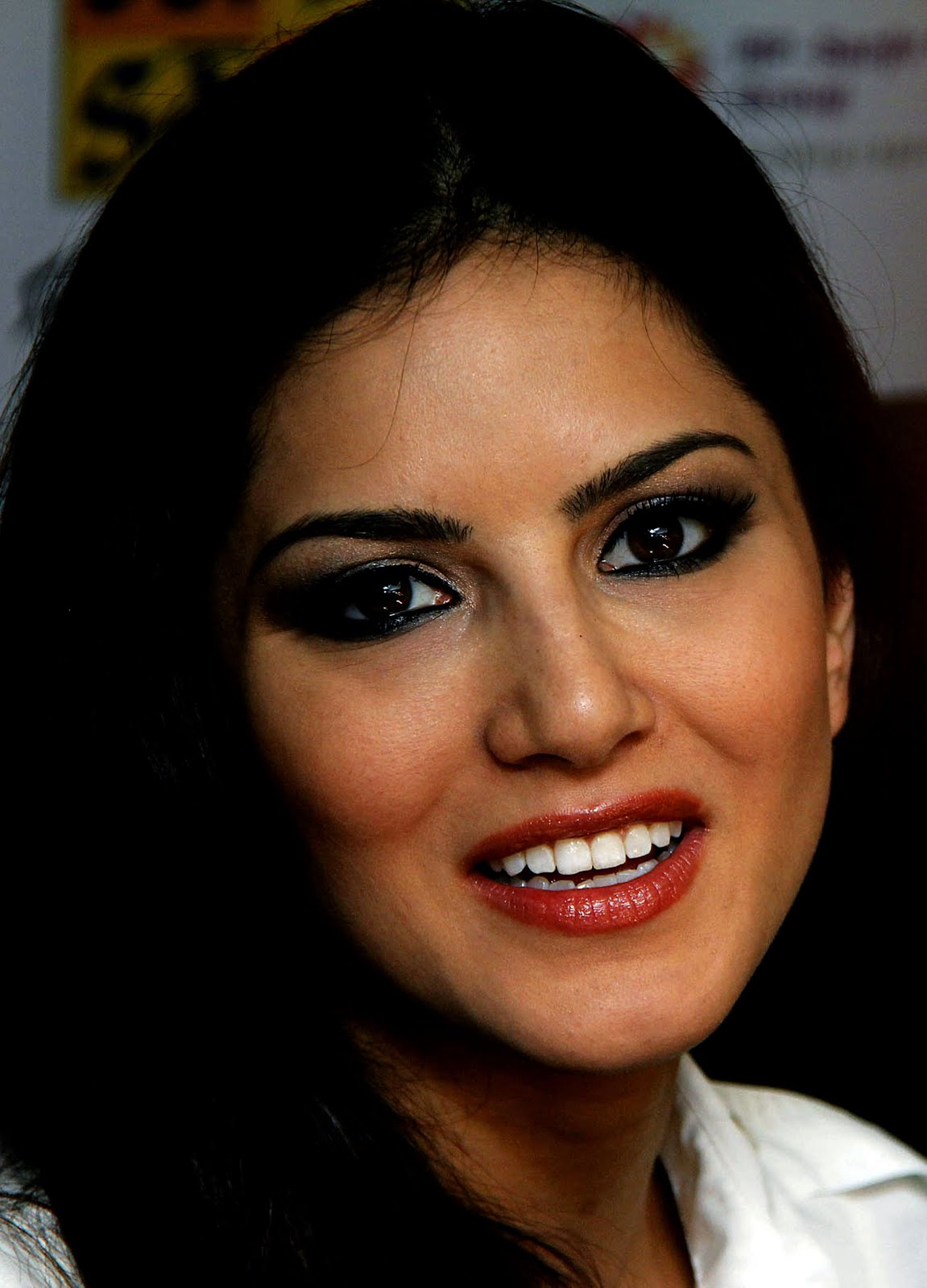 Top 20 Absurdly Stunning Sunny Leone Sexy Full Hd Photos -4845