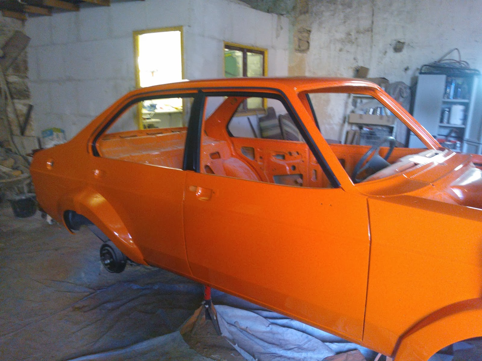 restauration de ma ford escort mk2 d cembre 2013. Black Bedroom Furniture Sets. Home Design Ideas