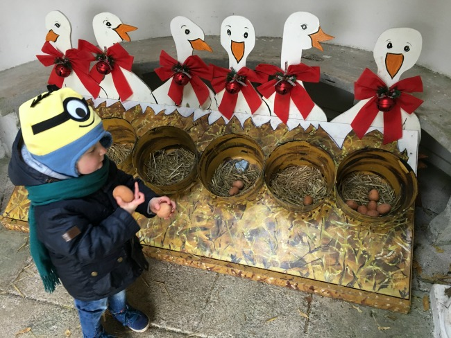 12-days-of-christmas-at-dyffryn-gardens-a-toddler-explores-6-geese-a-laying