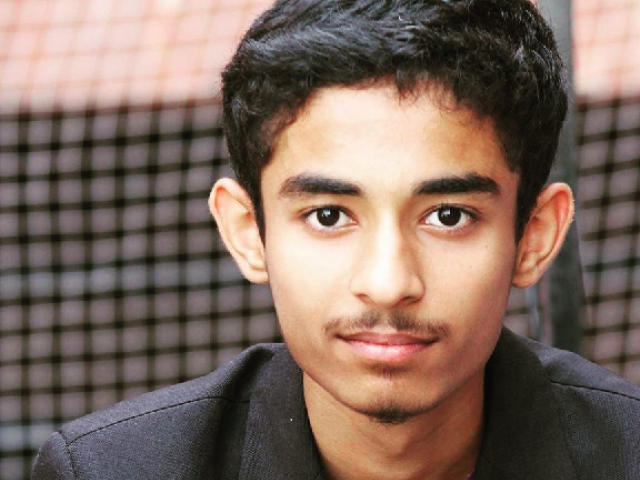 17-year-old Pakistani student's physics paper surprises older scientist