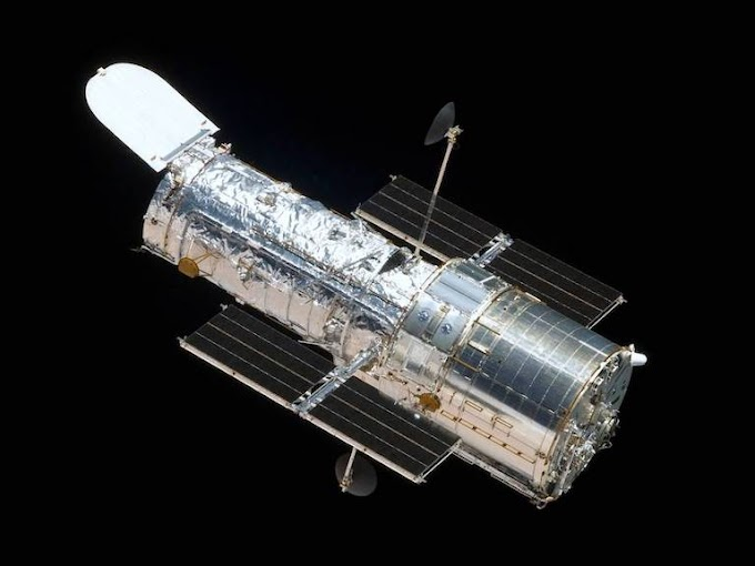 Hubble Space Telescope : The Extraordinary