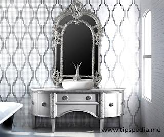 classic bathroom cabinets