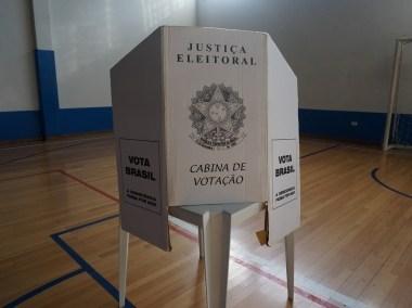 Covid: eleitor sem máscara não terá acesso à cabine de votação, alerta TRE-PB
