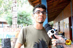 Alunos acampam na sala do diretor da UFCG de Cajazeiras por melhorias nas residências