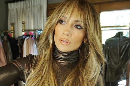 Jennifer Lopez Hair Makeover Debuts New Bangs In Sultry Selfie