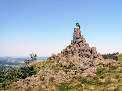 Fliegerdenkmal