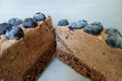 Ciasto Puszek czekoladowy z borówką