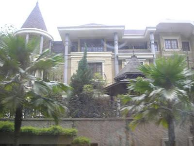Rumah Banglo Milik Siti Nurhaliza