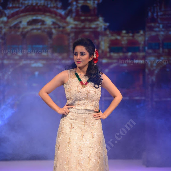 Bhama latest hot photos from Kerala Fashion League