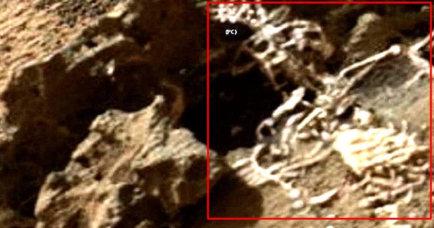 ¿Es esto un esqueleto en la superficie de Marte? Fotografía de Curiosity muestra impresionante anomalía