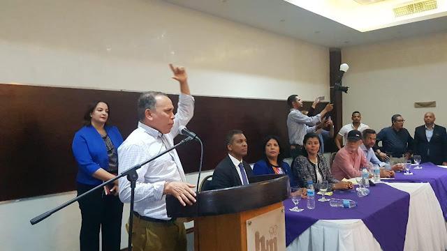 Radhamez Jiménez realiza  asamblea presentación  formularios a favor de Leonel Fernández en el Estadio Olímpico el 5 de mayo