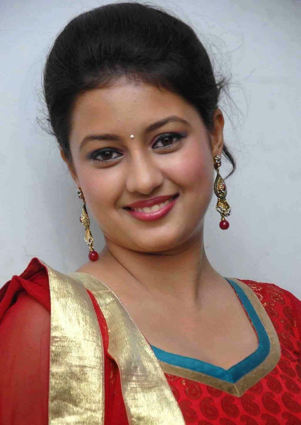Kanika Tiwari Wiki, Movies,affairs, Biodata, Contact-info ...