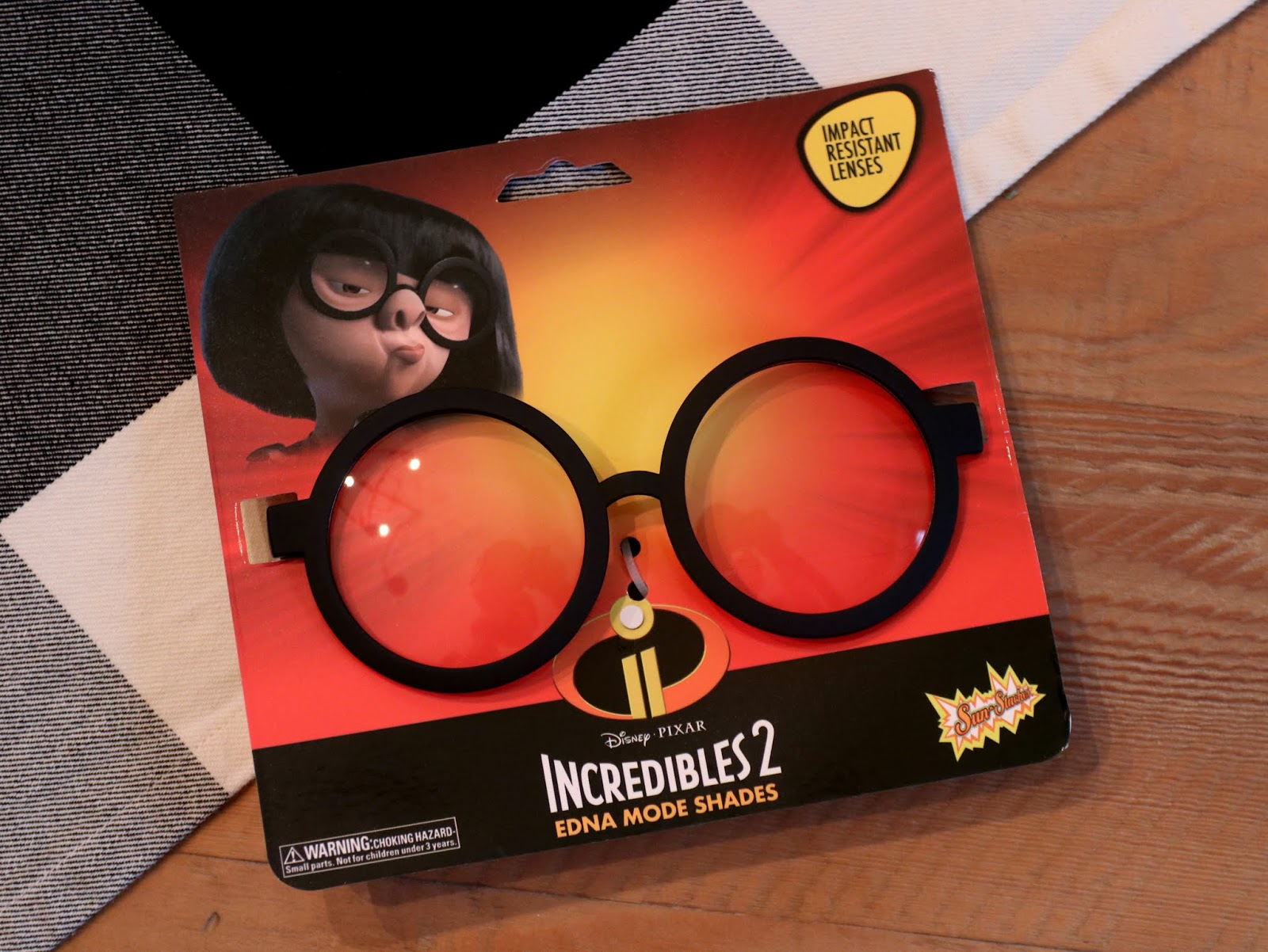 sun-staches edna mode shades glasses